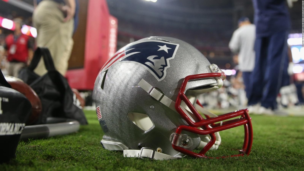 NFL: Patriots lose multiple players to covid-19