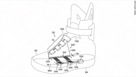 Interacción crecer palanca  Es el 2015: ¿en dónde están los zapatos Nike que se amarran solos? | CNN