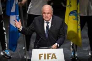 Joseph Blatter apareció por primera vez ante los medios de comunicación durante la apertura del 65 Congreso de la FIFA en Zurich, Suiza. (Crédito: FABRICE COFFRINI/AFP/Getty Images)