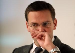 James Murdoch renunció a su cargo como presiente de BSkyB en abril de 2012 tras un escándalo en el que fue acusado de haber intervenido ilegalmente los buzones de voz de los teléfonos celulares de unas 800 celebridades británicas para tratar de obtener historias que vendieran periódicos. (Crédito: Miguel Villagran/Getty Images/Archivo)