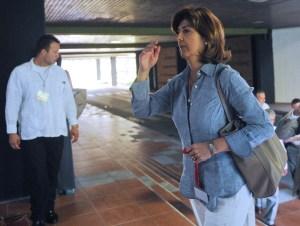 La canciller María Ángela Holguín se unió a la mesa de negociadores del gobierno Colombiano en La Habana. Desde allí conversó con periodistas sobre la nota de protesta que envió Colombia a Venezuela por el tema limítrofe en el mar caribe. (Crédito:YAMIL LAGE/AFP/Getty Images/Archivo)