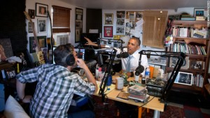 """El presidente Barack Obama habló con el comediante Marc Maron, conductor del podcast """"WTF with Marc Maron"""""""