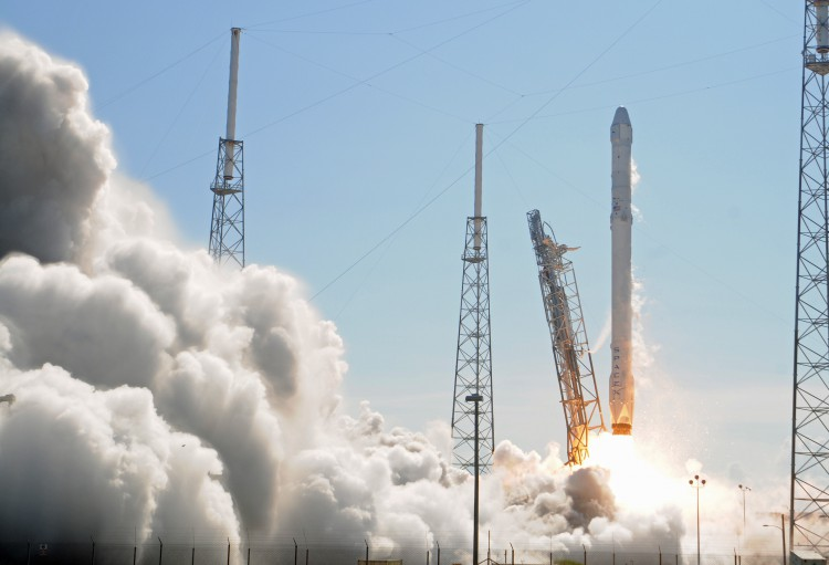 US SPACE-SPACE X-DRAGON SPACECRAFT-INTERNATIONAL SPACE STATION