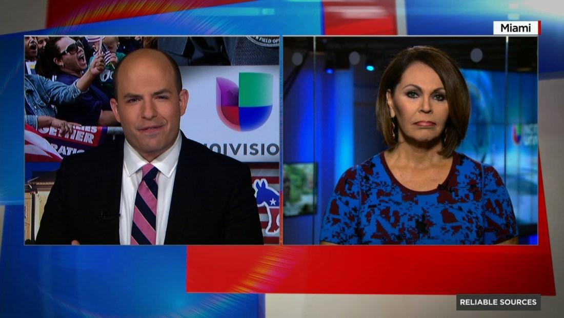 """La presentadora de Univisión María Elena Salinas durante su entrevista con Brian Stelter en el programa de CNN """"Reliable Sources""""."""