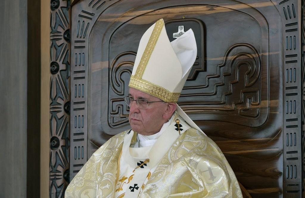 El papa Francisco durante la misa en el Parque Samanes de Guayaquil, Ecuador, el 6 de julio de 2015 (VINCENZO PINTO/AFP/Getty Images)