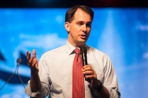 El actual gobernador de Wisconsin, Scott Walker, se sumó a la larga lista de aspirantes a la nominación republicana para la presidencia de Estados Unidos. (Crédito: Theo Stroomer/Getty Images)