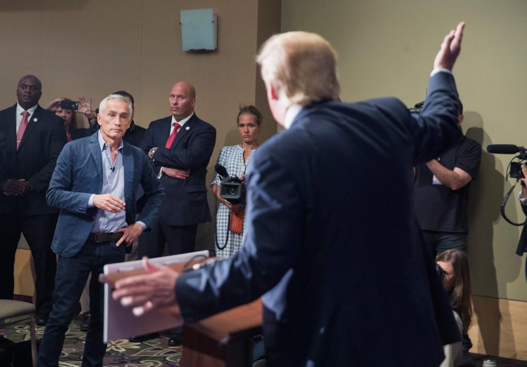 Donald Trump se encara con Jorge Ramos.