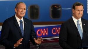 George Pataki y Rick Santorum en el Debate CNN.