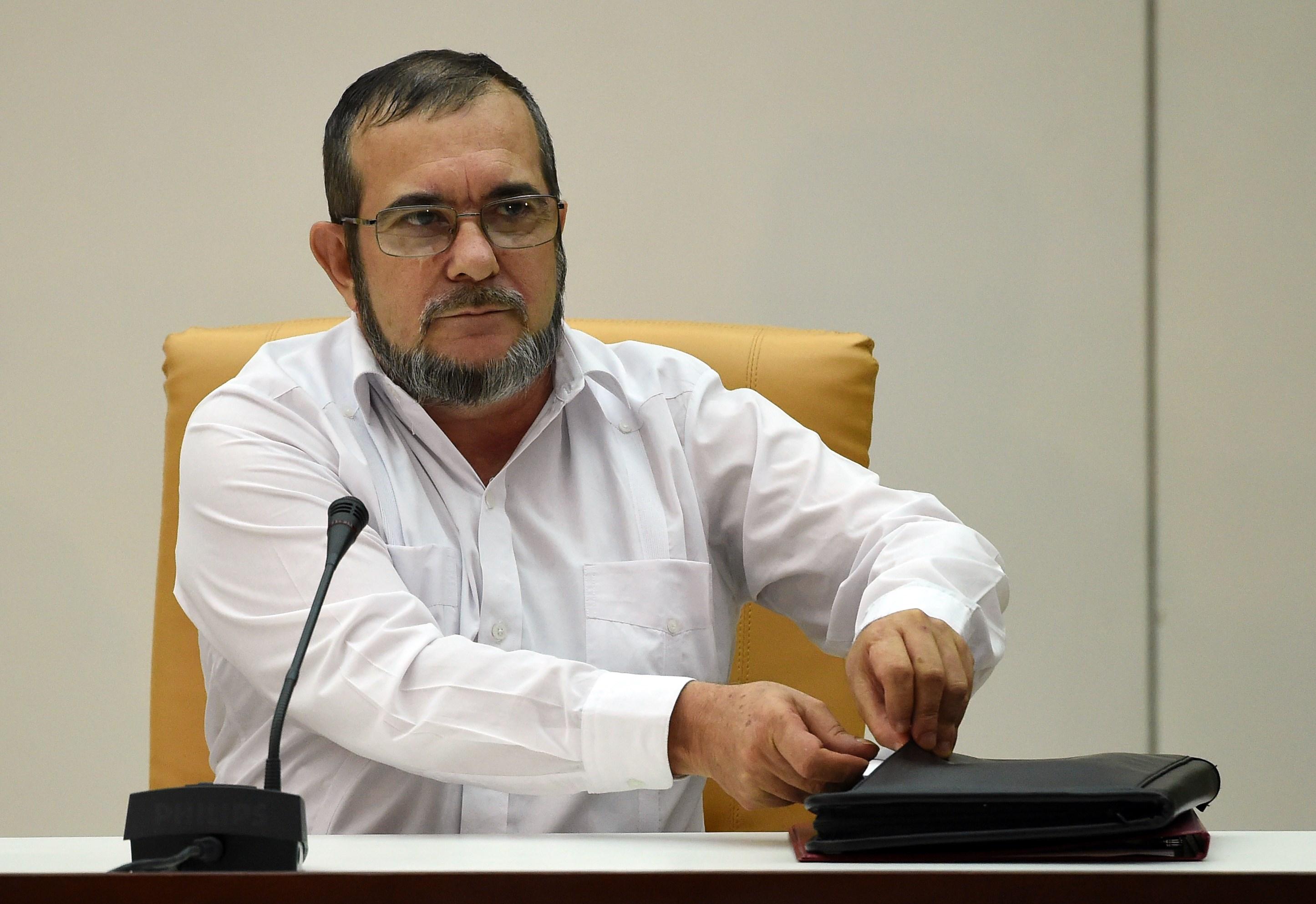 Timoleón Jimenez alias 'Timochenko' fue a La Habana, Cuba a reunirse con el presidente Juan Manuel Santos para anunciar el acuerdo de justicia transicional del proceso de paz el pasado 23 de septiembre. (Crédito: LUIS ACOSTA/AFP/Getty Images)