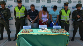Capturan a familia que llevaba 91 cápsulas de droga