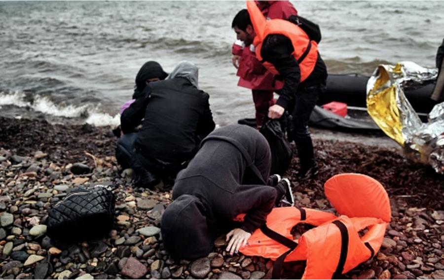 Las islas griegas situadas en el Mar Egeo son un destino común para las personas que desean entrar en la Unión Europea (ARIS MESSINIS/AFP/Getty Images).