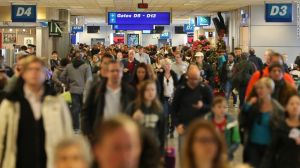 141125101827-airport-travelers-slc-horizontal-large-gallery