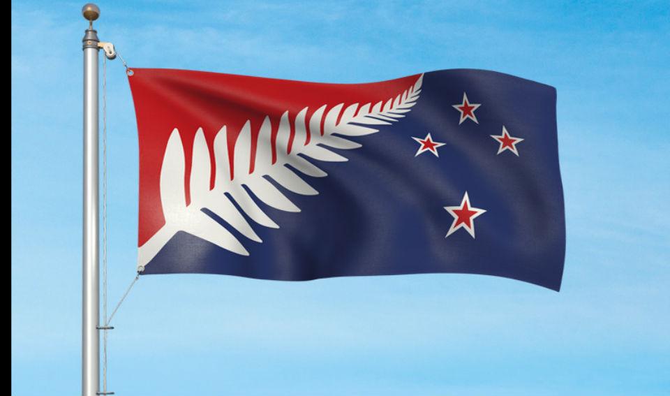 Rojo, blanco y azul — El helecho blanco rodeado de colores es un elemento representativo de Nueva Zelanda. El rojo representa la herencia y los sacrificios de los antepasados. Mientras que el azul representa la atmósfera y el Océano Pacífico que todos los neozelandeses y sus ancestros tuvieron que cruzar para llegar al país. Diseño de Kyle Lockwood.