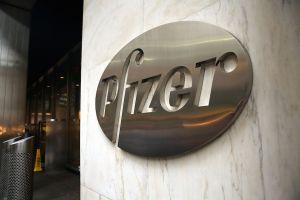 Las oficinas de Pfizer se encuentran en Nueva York. (Crédito: Spencer Platt/Getty Images)