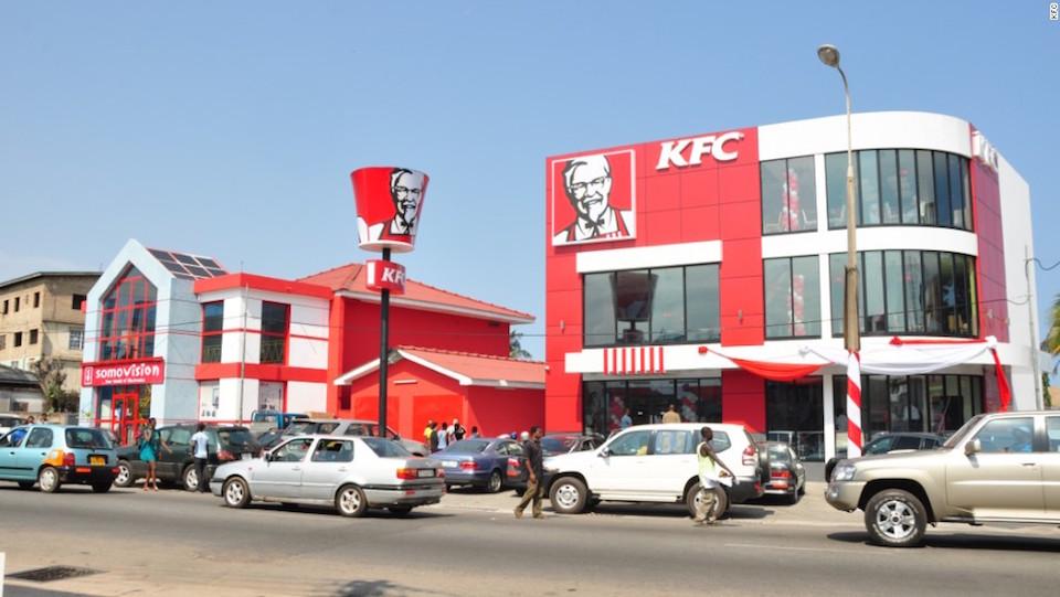 KFC en Accra, Ghana. La cadena cuenta con más de 700 restaurantes en África.