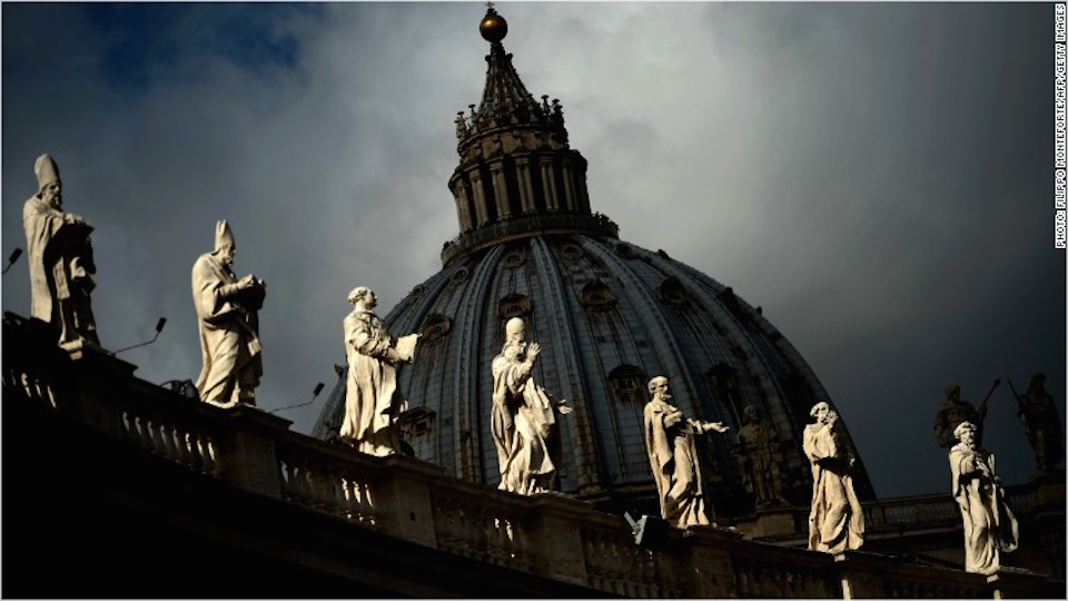 En 2010 la Iglesia Católica fue sacudida por un gran escándalo de lavado de dinero.