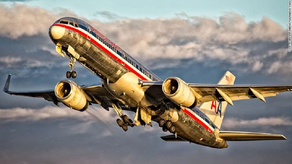 American Airlines — La segunda aerolínea más grande del mundo es una de las tres aerolíneas de Estados Unidos que tienen el récord de seguridad de siete estrellas de AirlineRatings.com.