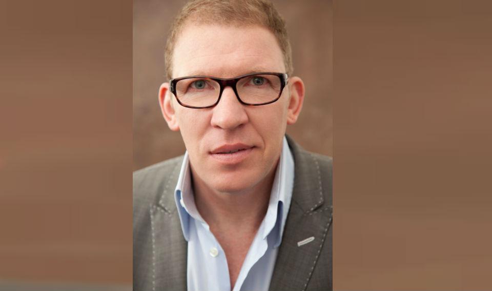 Dr. Didier Van den Broeck dejó Bélgica para ejercer en la isla Mauricio.