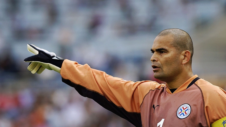 José Luis Chilavert en una foto del partido entre Paraguay y Alemania del Mundial de Corea el 15 de junio de 2002. Crédito Shaun Botterill/Getty Images)