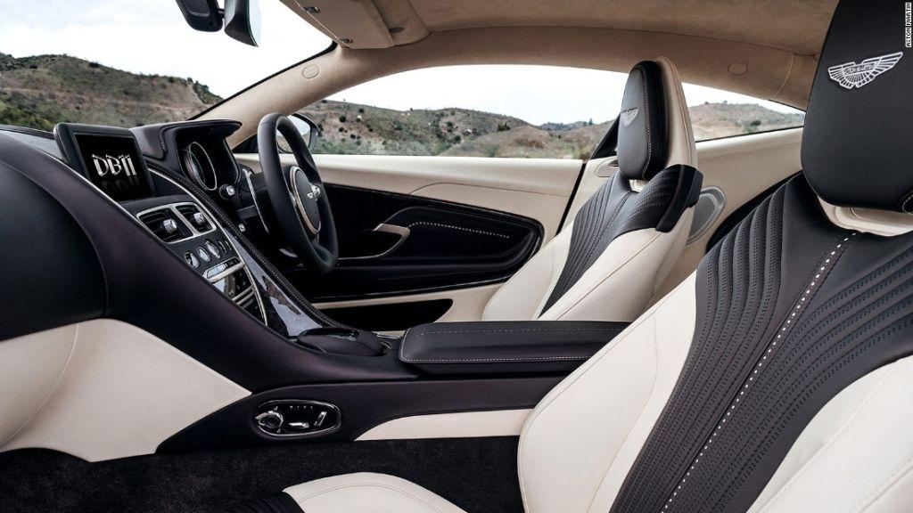 El interior del DB11 ahora es incluso más a la medida.