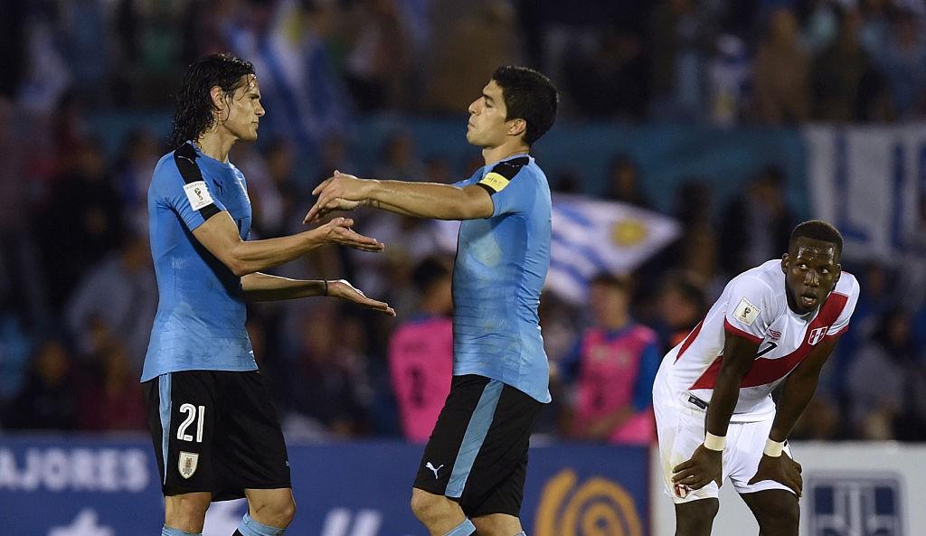 Uruguay suma 13 puntos y comparte el liderato con Ecuador (Crédito:PABLO PORCIUNCULA/AFP/Getty Images)