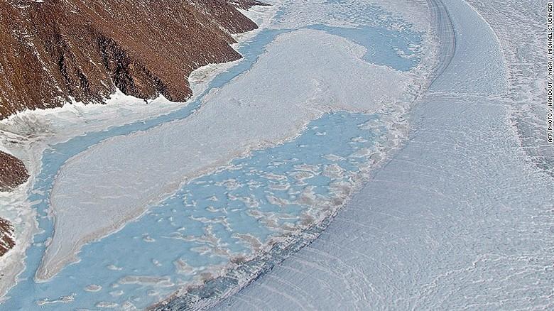 El hielo en Groenlandia se está derritiendo