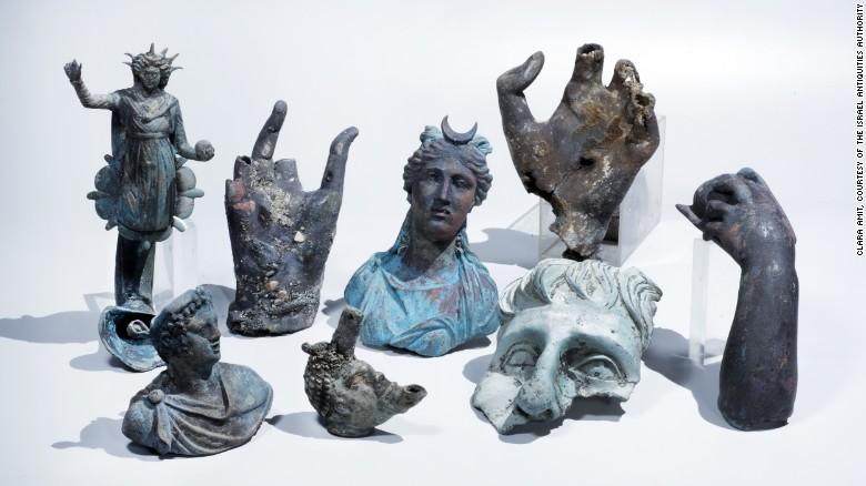 160516163624-shipwreck-ancient-roman-sculptures-exlarge-169