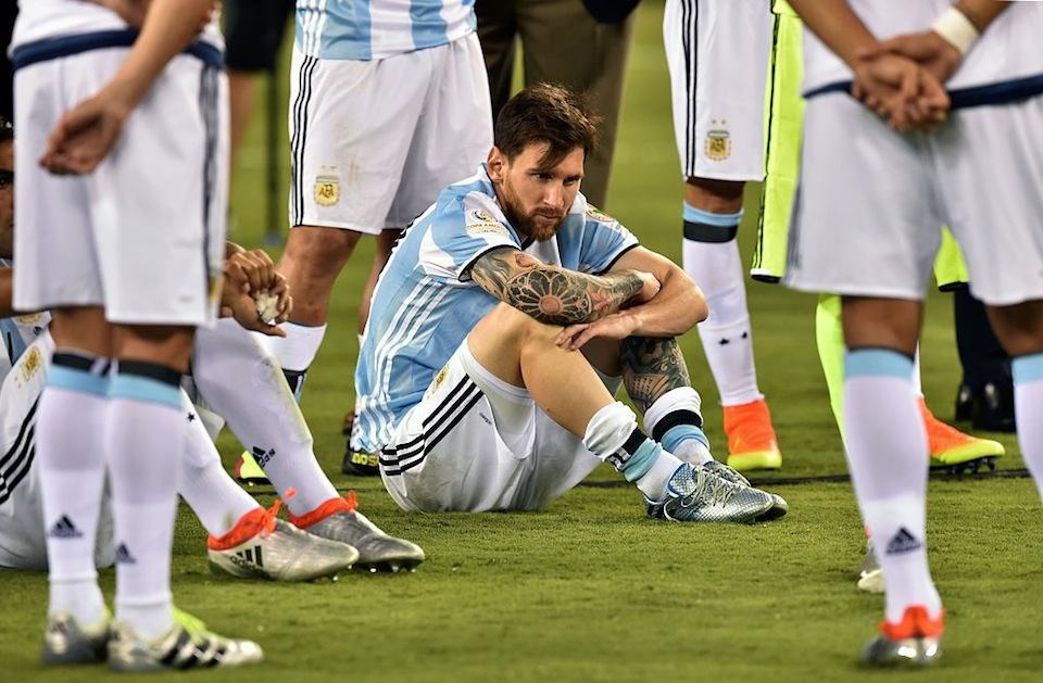 Messi pierde otra final y anuncia su retiro de la Selección Argentina | CNN