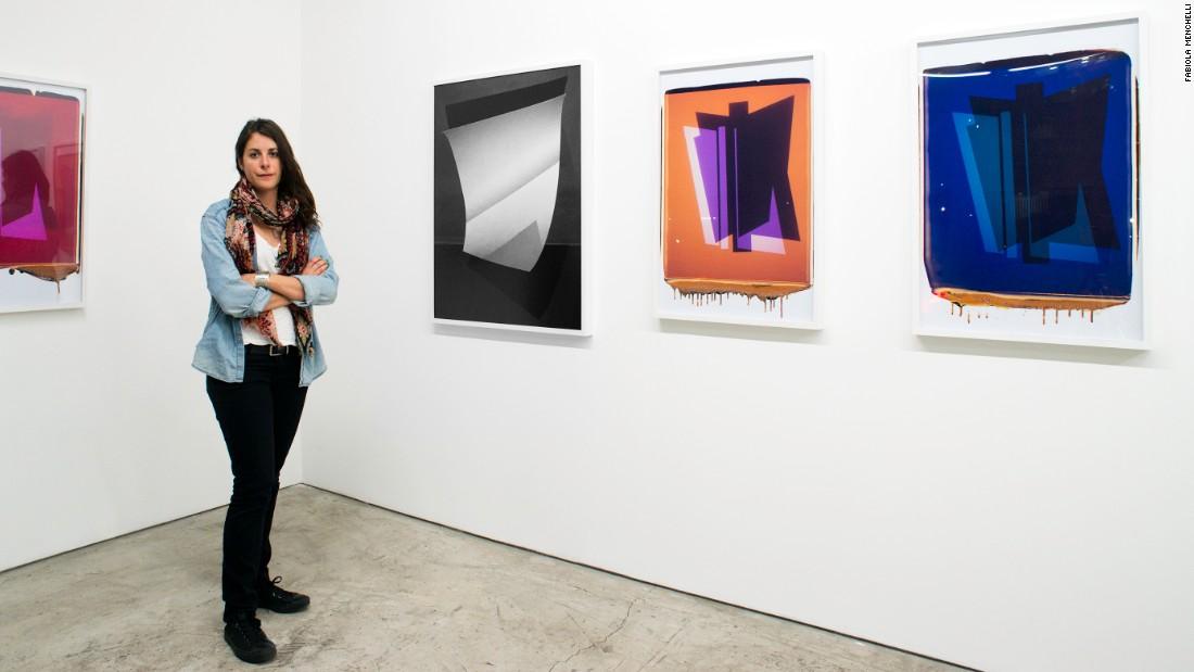Fabiola Menchelli en la galería Yucatepec en la Ciudad de México.