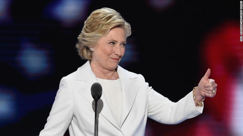 http://cnnespanol.cnn.com/2016/07/28/la-noche-de-la-consagracion-de-hillary-clinton-podra-convencer-a-los-votantes/
