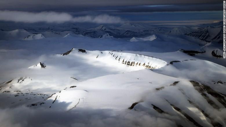160729121807-norway-mountains-exlarge-169