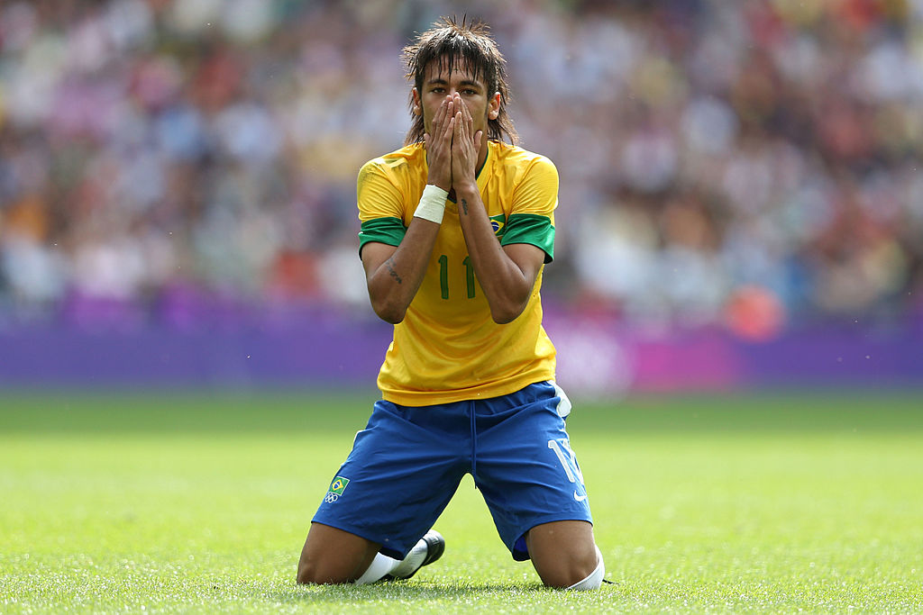 LONDON, ENGLAND - AUGUST 11: Neymar of Brazil rues a missed chance during the Men's Football Final between Brazil and Mexico on Day 15 of the London 2012 Olympic Games at Wembley Stadium on August 11, 2012 in London, England. (Photo by Julian Finney/Getty Images)