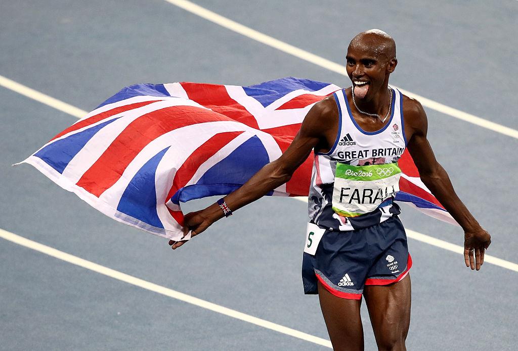El atleta Mohamed Farah de Gran Bretaña tras ganar la medalla de oro en los 5.000 metros masculino en el Estadio Olímpico de Río de Janeiro, el pasado 20 de agosto de 2016. (Crédito:Julian Finney/Getty Images)