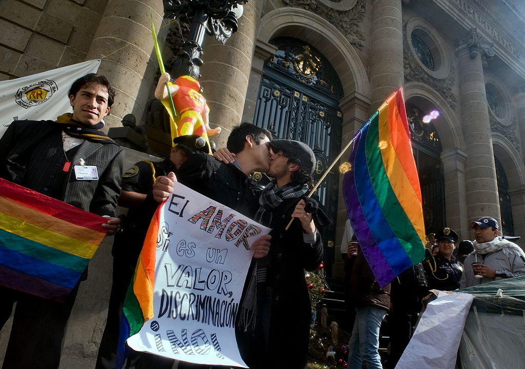 Members of the gay community demand the approval of the homosexual marriage in front of the local Congress in Mexico City, on December 21, 2009. AFP PHOTO/Alfredo ESTRELLA (Photo credit should read ALFREDO ESTRELLA/AFP/Getty Images)