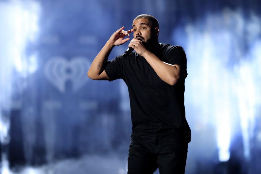 Drake logró más de mil millones de reproducciones en Apple Music con su álbum 'Views'