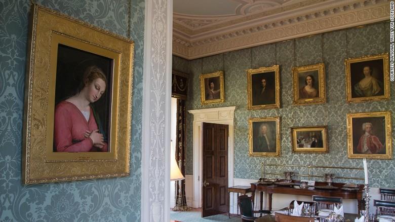 La pintura de la Virgen María que cuelga en el comedor de la casa Haddo House en Aberdeenshire.