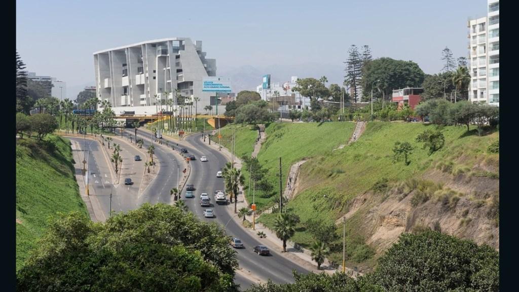 UTEC - Universidad de Ingeniería y Tecnología, Lima, Perú.