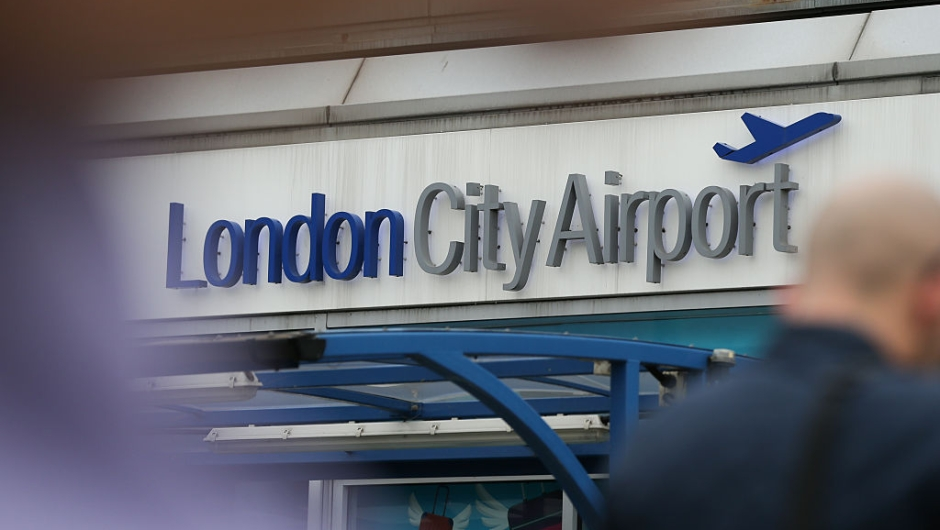 A general view of London City Airport in London on September 6, 2016. / AFP / DANIEL LEAL-OLIVAS (Photo credit should read DANIEL LEAL-OLIVAS/AFP/Getty Images)