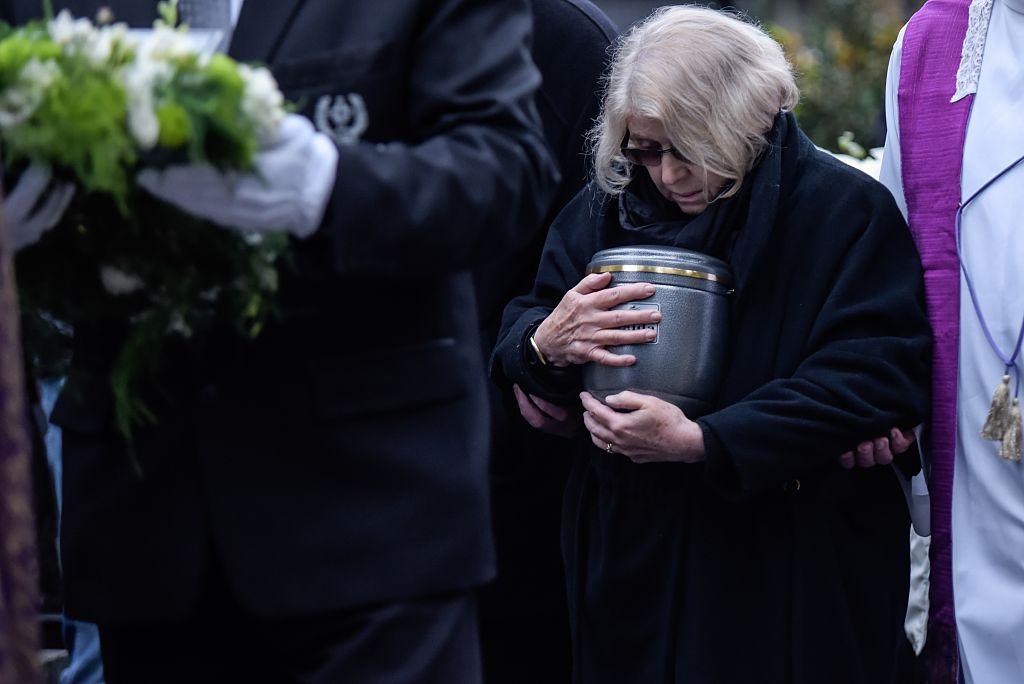 La Iglesia Católica reconoce que la práctica de la cremación está muy difundida entre los fieles y ha habido un aumento incesante en la elección de esta práctica frente a la opción de los entierros de los difuntos. (Crédito: Omar Marques/Anadolu Agency/Getty Images/Imagen de archivo)