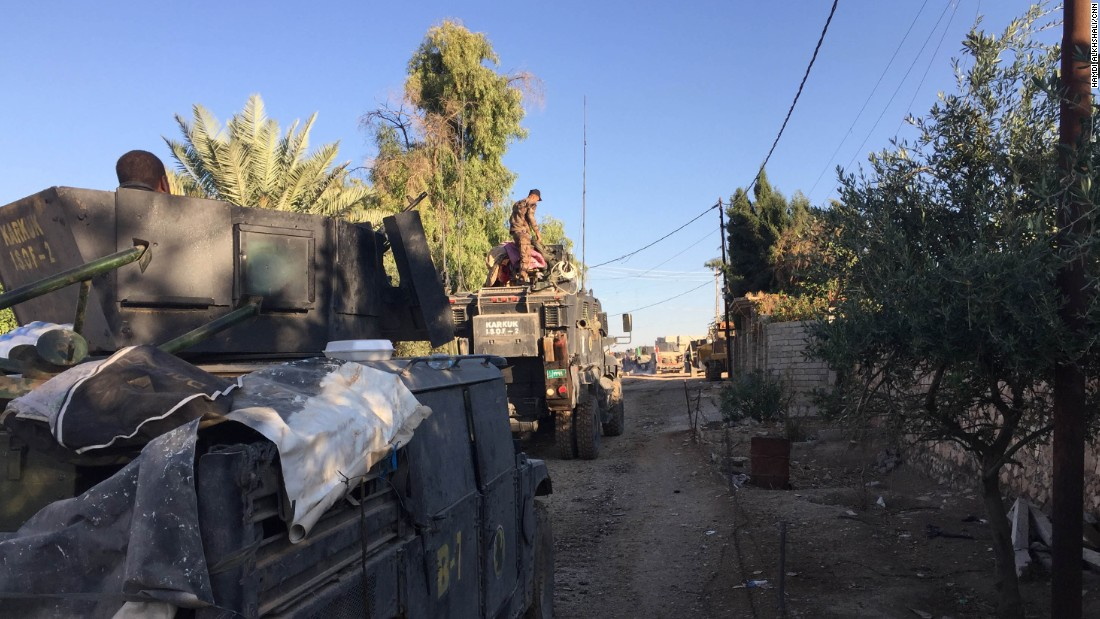 El regimiento Kirkuk, de las fuerzas antiterroristas iraquíes, iba detrás del regimiento donde estaban los periodistas.