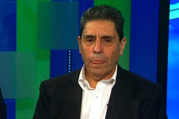 Mauricio Rojas (derecha) y Roberto Ampuero, durante la entrevista de 2016 con Camilo Egaña de CNN en Español.