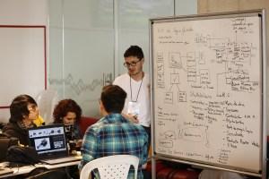 La hackatón fue organizada por la Universidad Javeriana, de Bogotá, y el Ministerio de Tecnologías de la Información y de las Comunicaciones de Colombia.