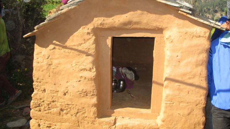 161222121753-nepal-chaupadi-hut-03-exlarge-169