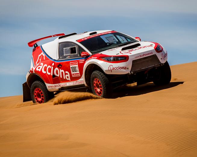 El El ACCIONA 100% EcoPowered ya ha competido en los Dakar del 2015 y el 2016. Cortesía: ACCIONA