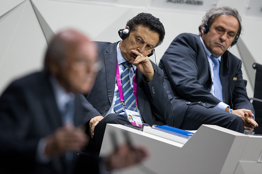 Alfredo Hawit Banegas (centro) durante el 65 congreso de la FIFA en Zúrich (Suiza) el 29 de mayo del 2015. (Crédito: Philipp Schmidli/Getty Images)