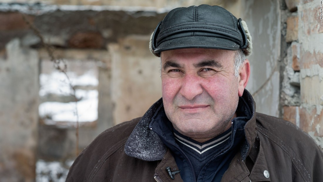 Merab Mekarishvili dice que tuvo que escoger entre la casa de su familia y su país cuando cambió la frontera.