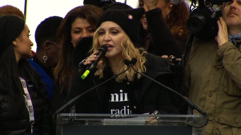 Madonna comenzó su discurso del sábado en la Marcha de las Mujeres diciendo que quería comenzar una revolución del amor.