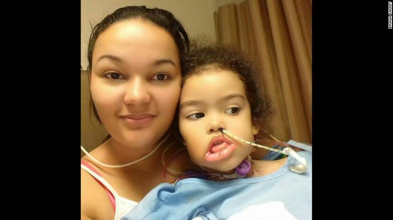 Mientras se recupera en Louisiana, Melyssa ha recobrado el pleno uso de su lengua.