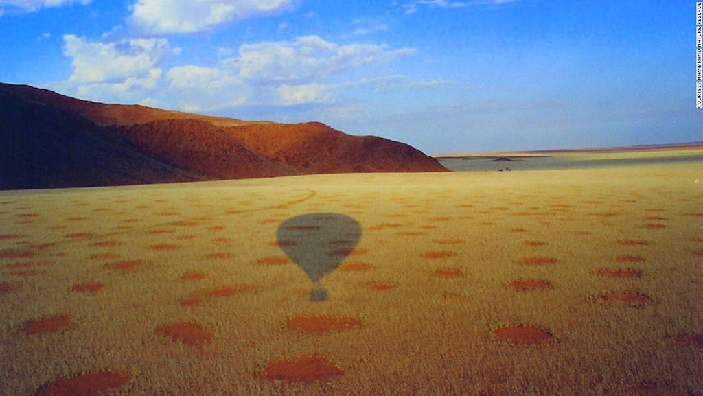 namibia-fairy-circles-balloon-shadow