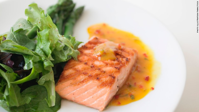120404112614-superfoods-grilled-salmon-exlarge-169